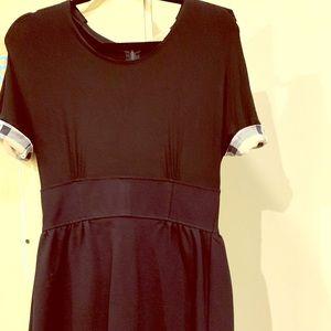Burberry black dress little above the knees